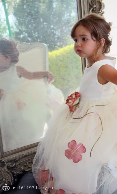 фото ыечерних платьев черного цвета рукав три четверти