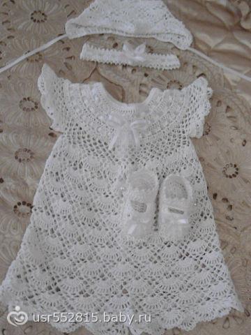 Вязаное крючком платье для