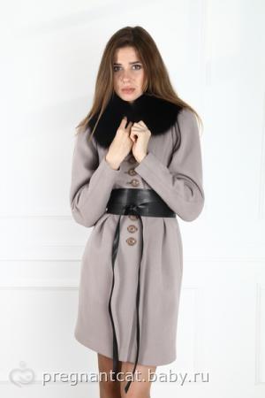 Заказала пальто в закупке.  Цвет был только асфальт на 46 размер, вот как на мне.