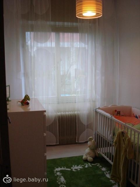 Скромная спальня