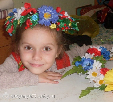 Как сделать украинский венок из