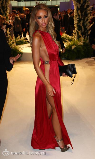 Откровенные вечерние платья фото