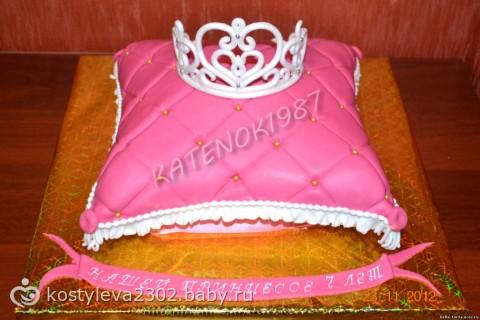 Детский торт с короной фото