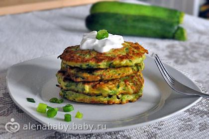 Вариант завтрака - Оладьи из Кабачков с Зеленым Луком