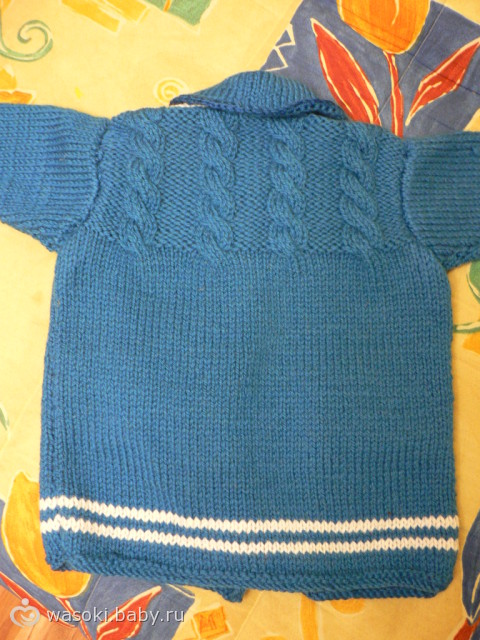 Вязаное пальто для дочи