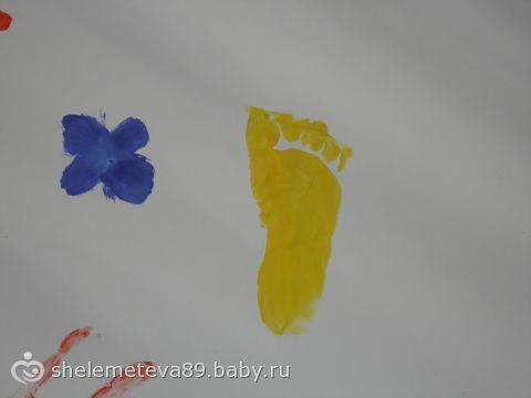 Мы сегодня рисовали-и вот что у нас получилось))