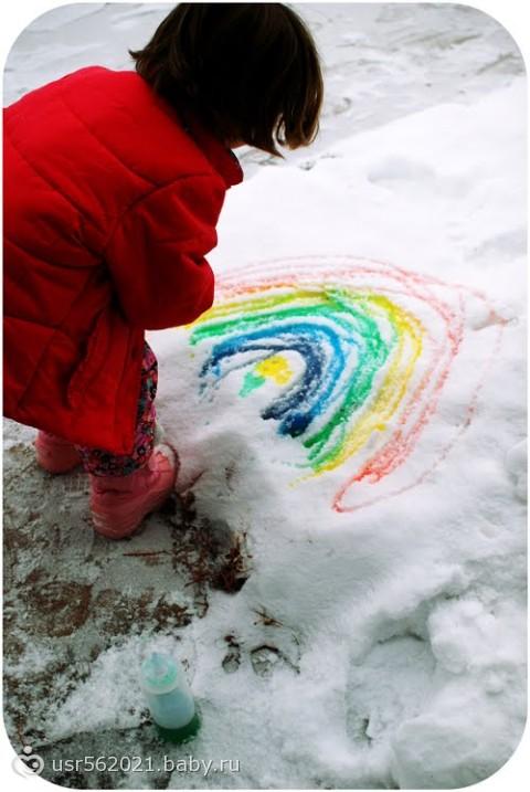 Рисуем на снегу. Прикольное занятие во время прогулки)))