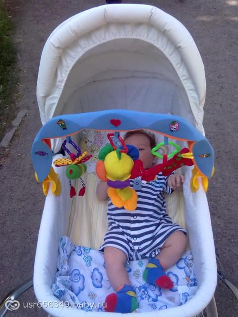 фото игрушки на коляску